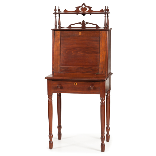 Robert E. Lee Desk Presented to his Personal Physician, Dr. Robert Madison, with Exceptional Provenance