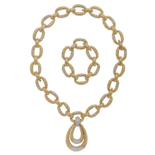 Diamond Necklace, Pendant and Bracelet in 18 Karat Yellow Gold