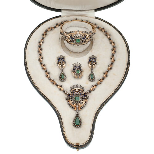Austro-Hungarian Parure in 18 Karat Yellow Gold and Silver with Diamonds and Emeralds Ca. 1850