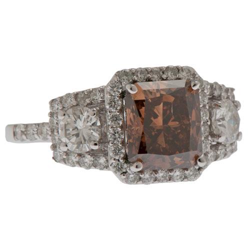 Orianne 18 Karat White Gold Diamond Ring
