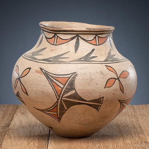San Ildefonso Polychrome Pottery Olla
