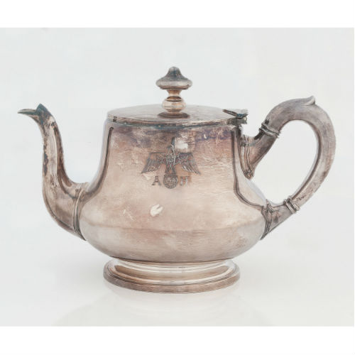 Adolf Hitler Initialed Teapot, Reportedly Taken from his Home by World War II Officer, with Provenance